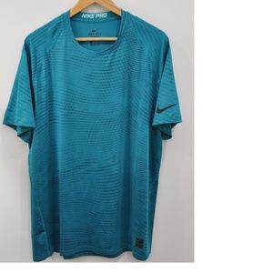 Nike Pro Fitted Top Size XXL Green Short Sleeve